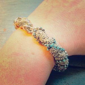 Silvertone chain & ocean blue rhinestone bracelet!